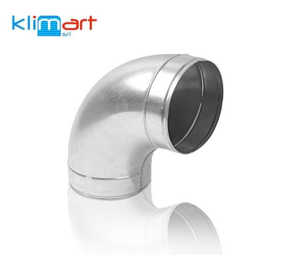 curva liscia a 90° in lamiera di acciaio zincato, saldatura longitudinale elettrica ed estremità ad innesto ricalibrata.